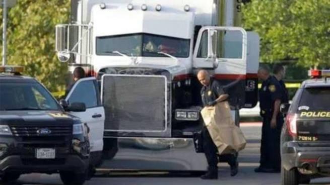 Cierran empresa de transporte dueña del camión donde murieron 10 migrantes