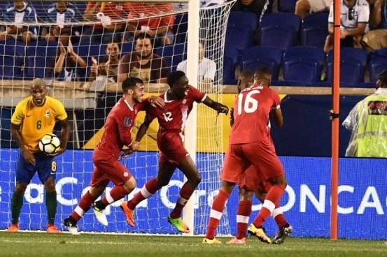 Canadá golea a Guyana Francesa en el inicio de la Copa de Oro