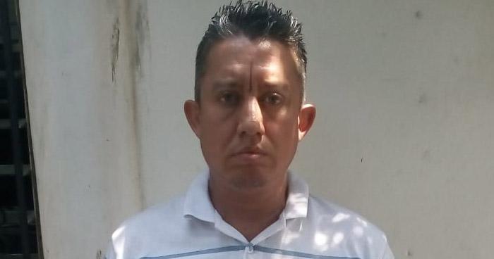 """Capturan a """"gatillero"""" de una pandilla que opera en Cuscatancingo"""