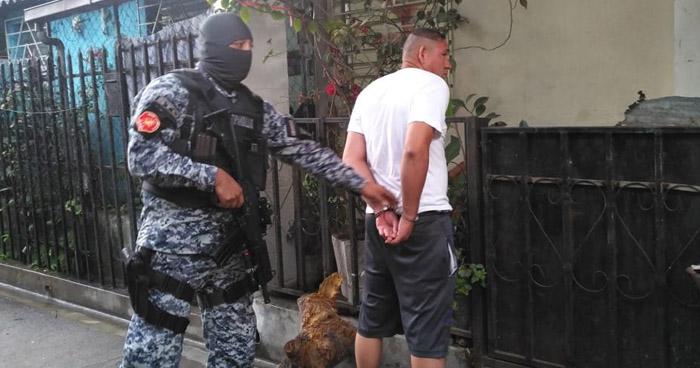 Tres capturados tras operativo en comunidad Modelo 3 de San Salvador