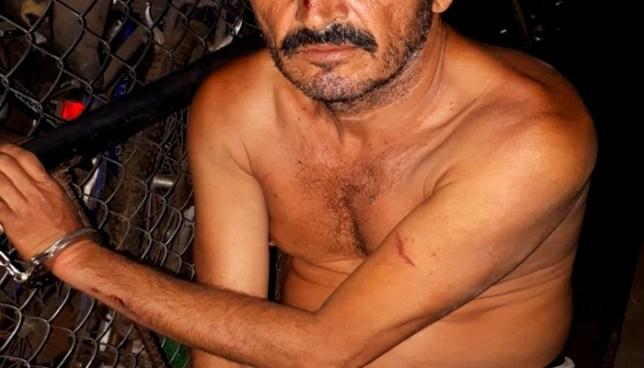 Capturan a hombre cuando golpeaba a su madre en Chalchuapa, Santa Ana
