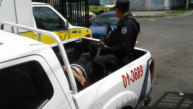PNC captura a sujeto que privo de libertad a una joven en San Salvador