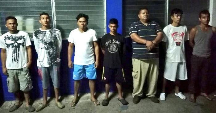 Siete extorsionistas fueron capturados durante operativo en Apopa