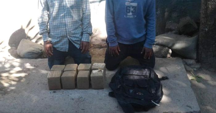 Pandilleros fueron capturados cuando transportaban droga en una mototaxi