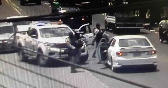Interceptan y capturan a sujetos luego que cometieran ilícitos en San Salvador