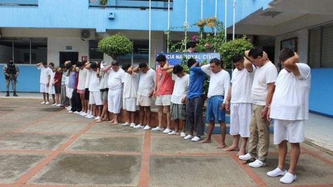 Detienen a más de 30 sujetos por diversos delitos en distintos puntos de la zona occidental del país