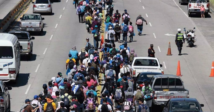 Más de 1,700 personas se identificaron como parte de la caravana que viaja hacia Estados Unidos