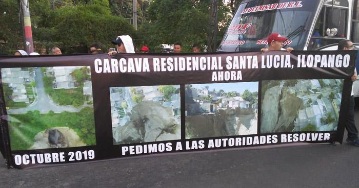 Protesta bloquea Bulevar del Ejercito, denuncian que gobierno no ha realizado trabajos en cárcava