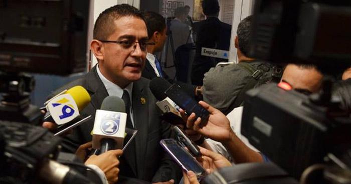 Cámara ordena que Extinción de Dominio sobre bienes del diputado Reynaldo Cardoza continúen