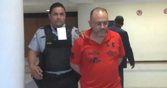"""Dueño de empresa """"inactiva"""" que prestó $250 mil a Mauricio Funes presenta pruebas"""