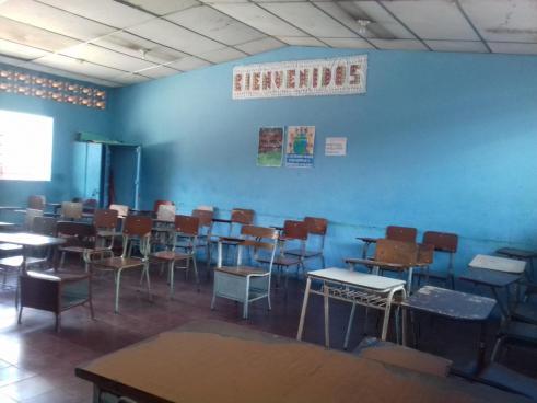 Suspenden clases en centros educativos de Chalatenango por alerta amarilla
