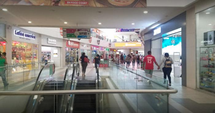 Ordenan cierre de todos los Centros Comerciales del país por COVID-19