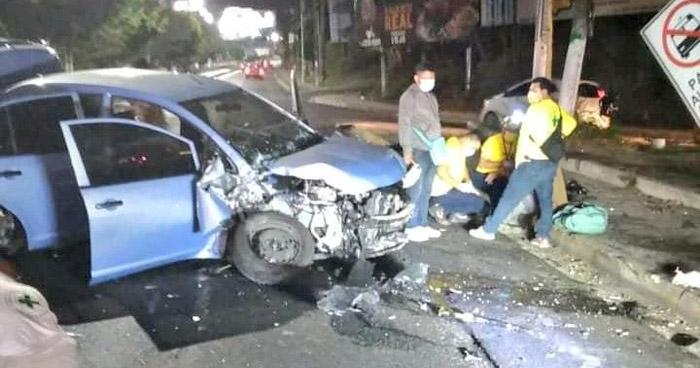 Dos lesionados tras fuerte choque registrado en Bulevar del Ejército
