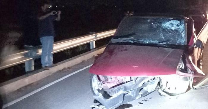Conductor muere al impactar contra separadores en carretera Litoral