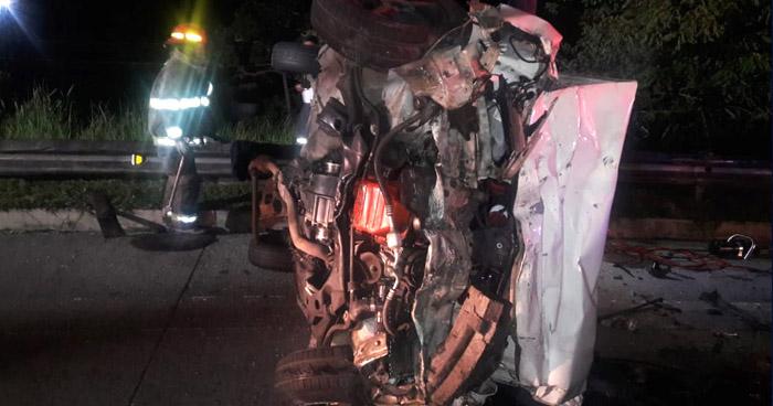 Un fallecido y dos lesionados tras fuerte choque en Bypass de Santa Tecla