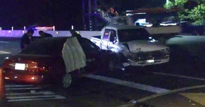 Detienen a conductor ebrio luego de provocar un choque sobre carretera de Sonsonate