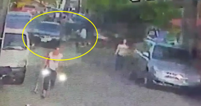 VIDEO: Captan fuerte choque de motociclista en Zacatecoluca