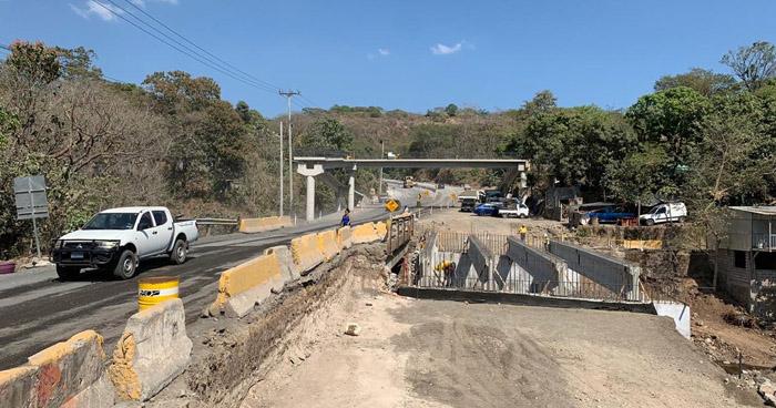 Hoy estará cerrado un tramo de la carretera al puerto de La Libertad