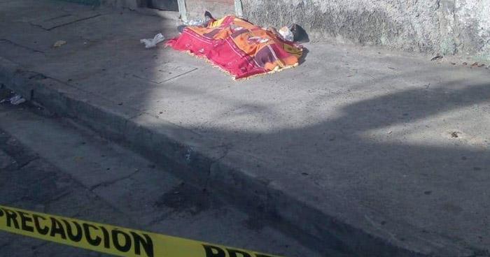 Vapulean a un hombre y abandonan su cadáver en Ciudad Delgado