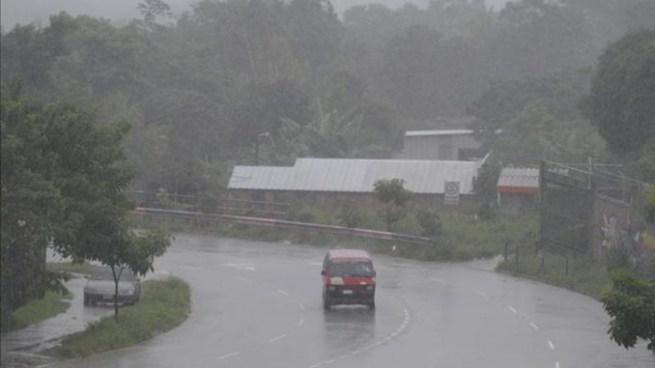 Alta probabilidad de lluvias y tormentas eléctricas para este lunes