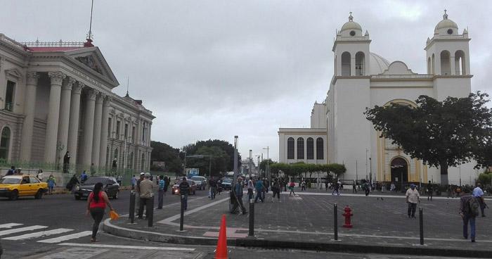 Disminuirán lluvias sobre El Salvador por ingreso del huracán Michael a Estados Unidos