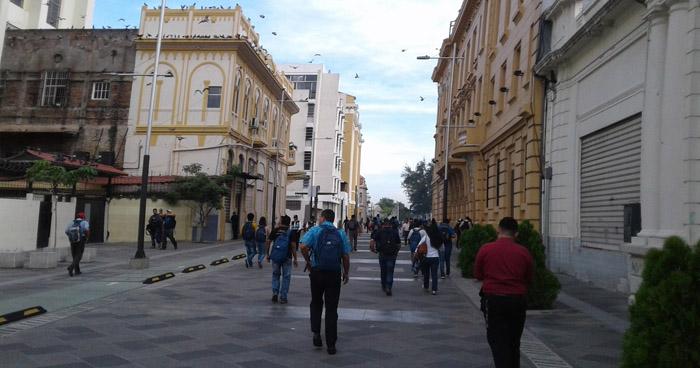 Circulaciones Anticiclónicas favorecerán aire fresco y estable hacia Centro América