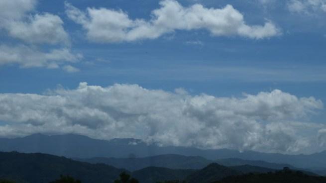 Cielo con abundante nubosidad posibilitando lluvias sobre todo el territorio en horas diurnas y nocturnas