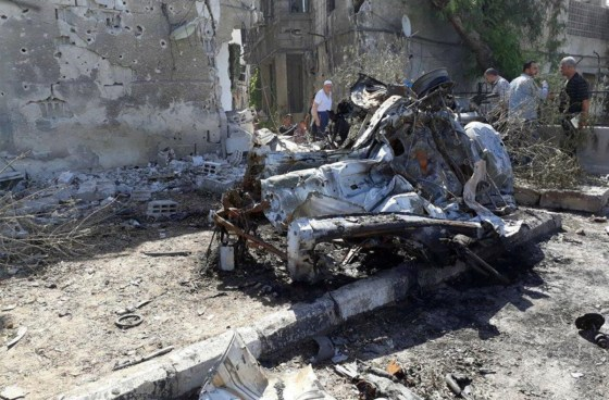 Explosión de tres coches bomba dejan al menos 18 muertos en Damasco, Siria