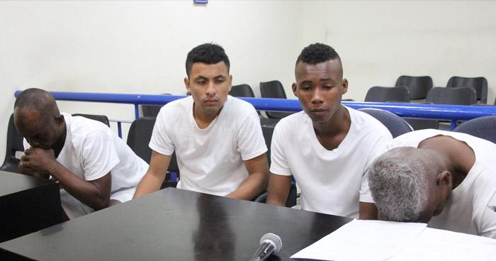 Colombianos y ecuatoriano condenados a prisión en El Salvador por tráfico de drogas