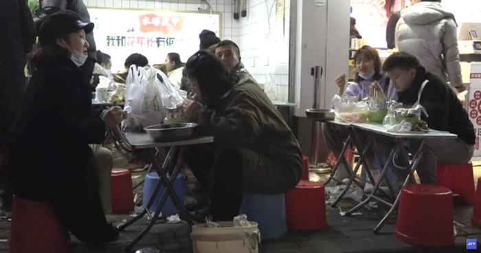 Expertos de la OMS no encuentran pruebas sobre el origen del COVID-19 en Wuhan
