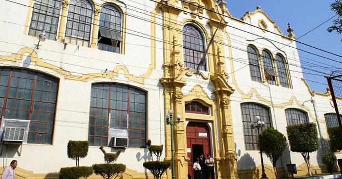 """Denuncian despidos """"arbitrarios"""" en la Alcaldía de San Salvador"""
