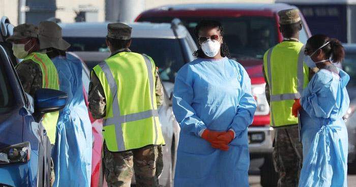 EE.UU. detecta más de 49.000 nuevos casos de COVID-19 este lunes