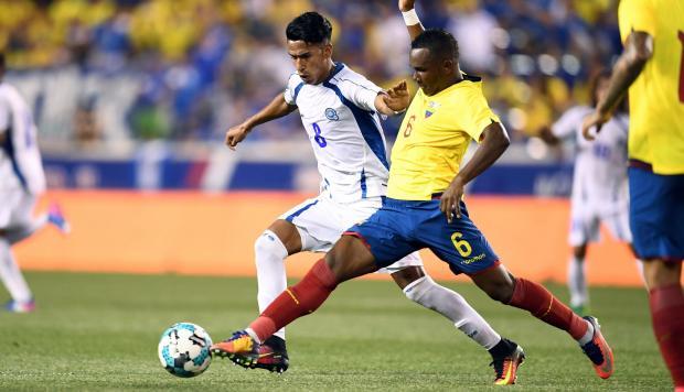 El Salvador cae goleado contra Ecuador en suelo estadounidense