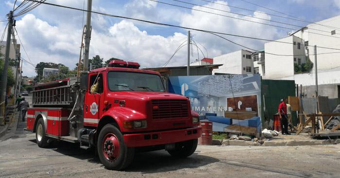 Seis personas lesionadas tras un derrumbe en construcción en colonia San Benito