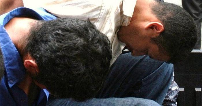 Capturan a acusados de asesinar a empleada de un bar de San Salvador