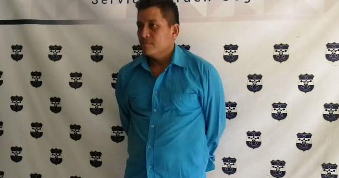 Capturan a hombre armado por golpear a su compañera de vida en San Miguel