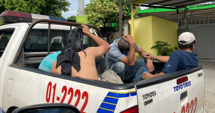 Varios detenidos tras pelea en Avenida Bernal