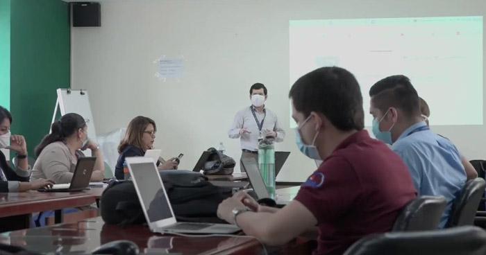 Ministerio de Educación planea desarrollar clases virtuales hasta el cierre del año escolar