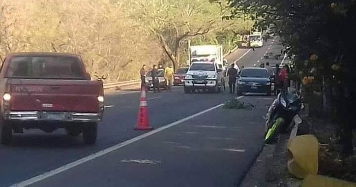 Pareja de motociclistas fallecidos tras accidente en carretera Troncal del Norte