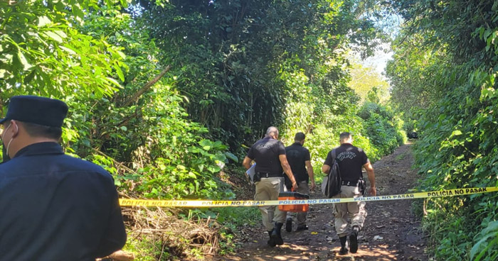 Asesinan a dos hombres en Santa Ana