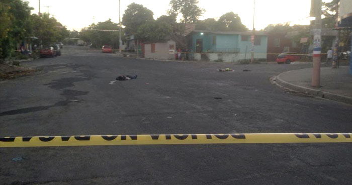 Dos jóvenes fueron asesinados en calle El Sauce de San Bartolo, en Ilopango
