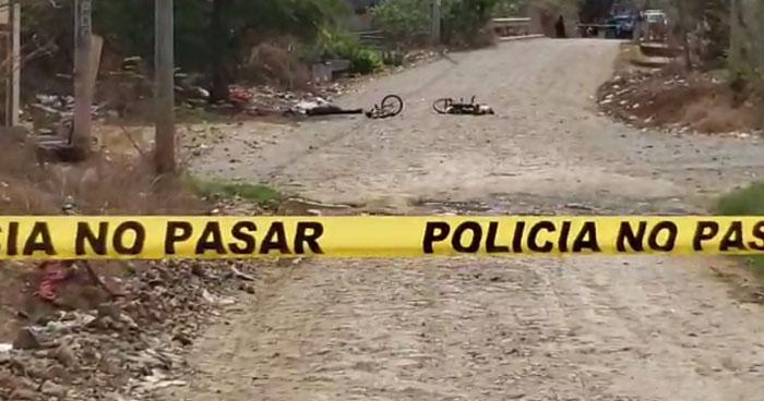 Asesinan a dos jóvenes cerca de una cancha en Santa Rosa de Lima, La Unión