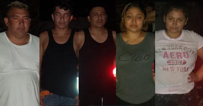Retienen a tres hombres y dos mujeres en estado de ebriedad, violando Cuarentena Especial