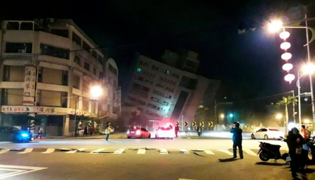 Dos muertos y más de 150 heridos tras colapso de edificios por fuerte sismo de 6.4 en Taiwán