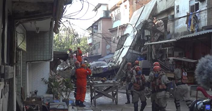 Hombre y su hija de 3 años mueren tras el colapso de un edificio en Rio de Janeiro