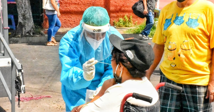 El Salvador supera los 20 mil casos de COVID-19 y rompe récord diario, 445 fueron detectados este Sábado