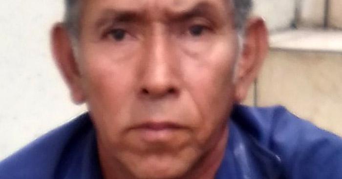 Empleado de alcaldía de Huizúcar es acusado de violar a su nieta
