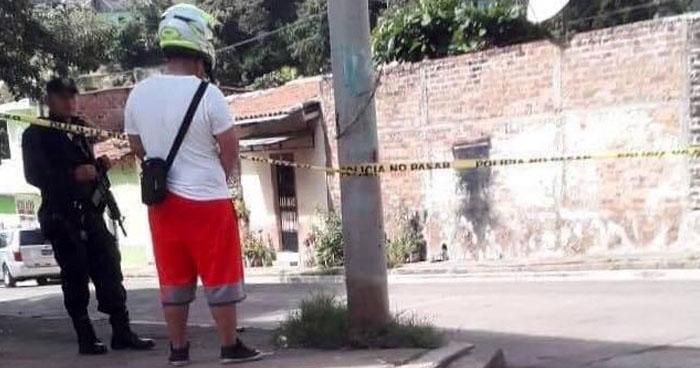 Pandillero muerto y policía lesionado tras enfrentamiento armado en Cabañas