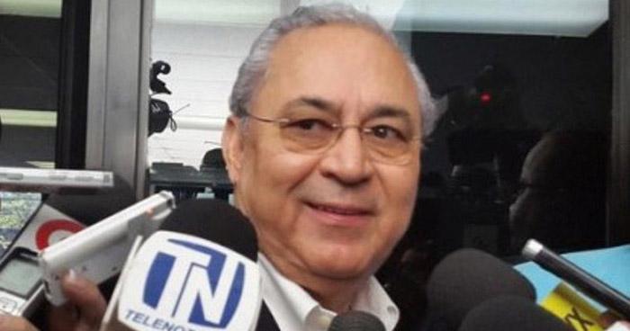 Inicia juicio contra ex Ministro de Salud y 10 más por estafar $2.7 millones al Estado