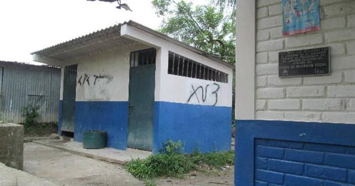 Más de 12,000 estudiantes abandonaron sus centros escolares por inseguridad en 2017
